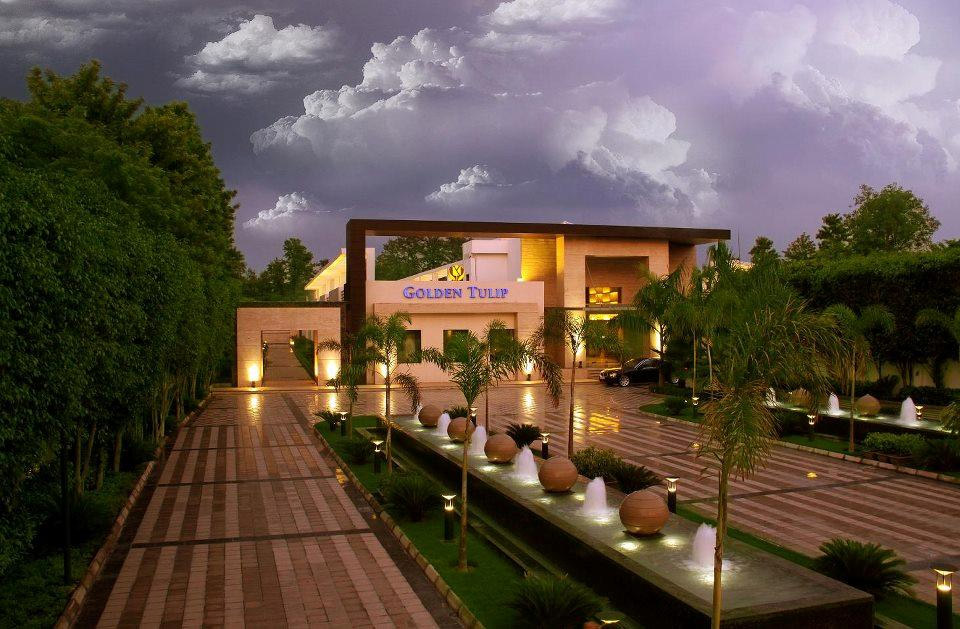 Golden Tulip Chattarpur Banquet Hall In South Delhi